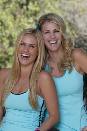 Caroline Cutbirth and Jennifer Wayne (The Amazing Race 22)
