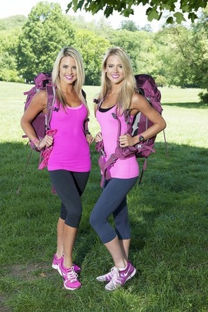 Lisa and Michelle Thomson (The Amazing Race 25)