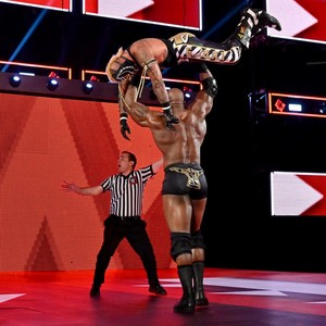 Raw 7/8/19 ~ Bobby Lashley obliterates Rey Mysterio