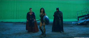 Batman v. Superman: Dawn of Justice - Behind the Scenes - Henry Cavill, Gal Gadot and Ben Affleck