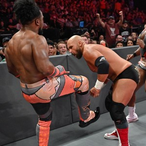 Raw 8/19/19 ~ The New دن vs The Revival