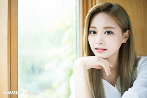 "Tzuyu ""Feel Special"" promotion photoshoot door Naver x Dispatch"