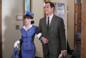 1x14 - 1964 - Maggie and Broyles