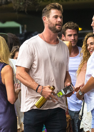 "Chris Hemsworth at the ""Make It Rain"" Fundraiser in Byron Bay (January 9, 2020)"
