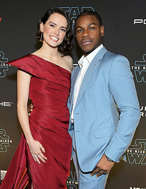 Daisy Ridley and John Boyega - premiere of Star Wars: The Rise Of Skywalker - December 16, 2019