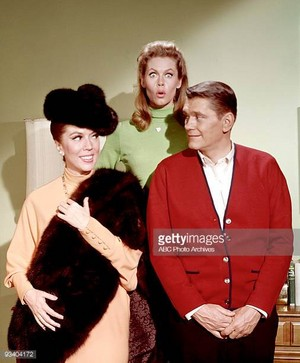 Lisa Kirk -- Dick York -- Liz