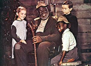 Song of the South (1946) Cast Portrait - Luana Patten, James Baskett, Bobby Driscoll and Glenn Leedy