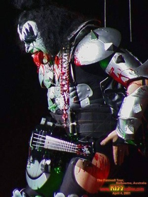 Gene ~Melbourne, Australia...April 4, 2001 (Farewell Tour)