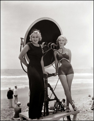 Joan Blondell and Bette Davis ~ 1932