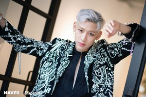 "BamBam""DYE"" mini album promotion photoshoot door Naver x Dispatch"
