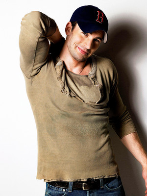 Chris Evans Photoshoot by Naomi Kaltman - 2007 (throwback)