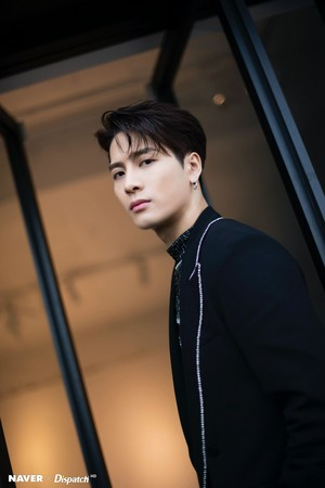 "Jackson ""DYE"" mini album promotion photoshoot door Naver x Dispatch"