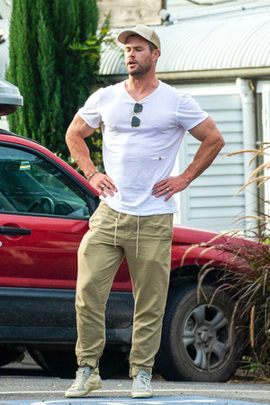 Chris Hemsworth || Byron Bay, Australia - June 12, 2020