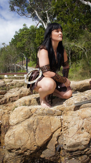 Hot And Sexy Barefoot Xena Warrior Princess Costume Cosplay door thewarriorprincess - December 2011