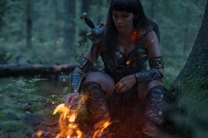 Hot And Sexy Xena Warrior Princess Costume Cosplay sa pamamagitan ng Nishi Gantzer