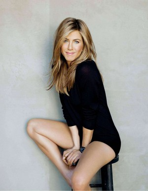 Jennifer Aniston for D Magazine [July 2019]
