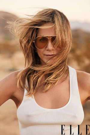 Jennifer Aniston for Elle Magazine [January 2019]