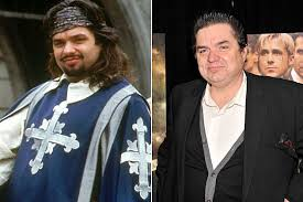 Oliver Platt Porthos The Three Musketeers