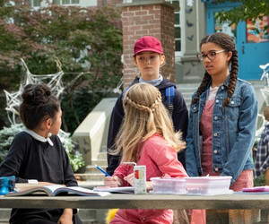 The Baby-Sitters Club - Season 1 Still - Claudia, Stacey, Kristy and Mary Anne