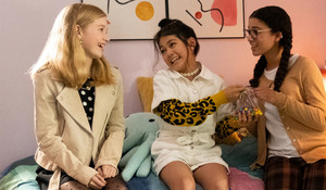 The Baby-Sitters Club - Season 1 Still - Stacey, Claudia and Mary Anne
