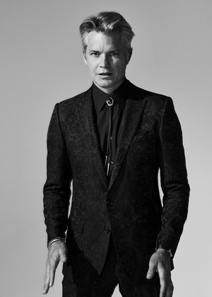 Timothy Olyphant in B&W for GQ Magazine
