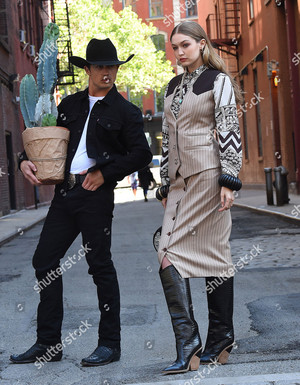 gigi hadid and bonner bolton photoshoot new york usa shutterstock editorial 9697580h