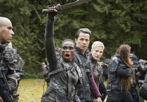 7x16 - The Last War - Indra, Jordan and Hope