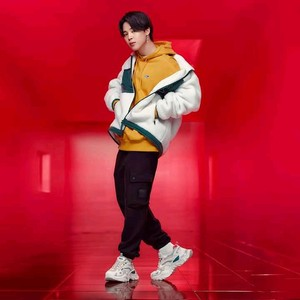 बी टी एस | 2020 FILA FALL COLLECTION