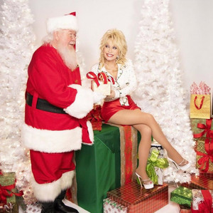 Dolly Parton - A stechpalme, holly Dolly Weihnachten (2020)