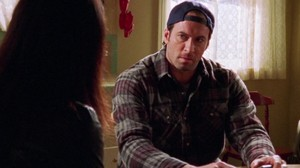 Gilmore Girls ||1.21 || Love, Daisies and Troubadours