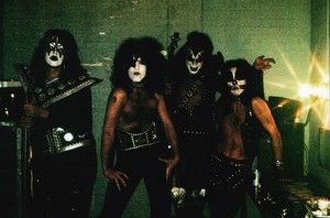 Kiss ~Houston, Texas...October 4, 1974 (KISS Tour)
