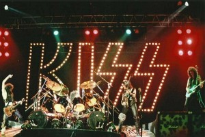 KISS ~London, England...October 15, 1984 (Animalize Tour)