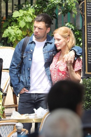 Sebastian Stan and Jessica Chastain in The 355 (BTS)