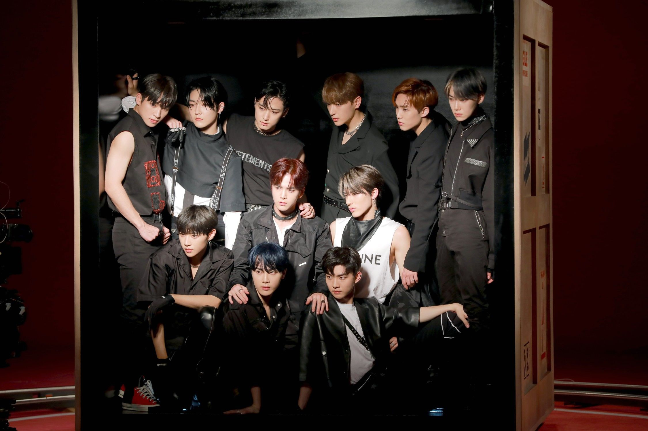 THE BOYZ 'THE STEALER' MV Shooting Behind by Melon