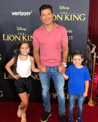 Mario Lopez And His Family 2019 Premiere Of The Lion King