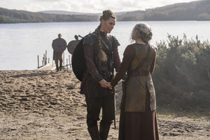 6x05 - The Key - Gunnhild and Lagertha