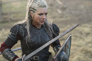6x06 - Death and the Serpent - Lagertha