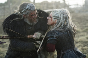 6x06 - Death and the Serpent - White Hair and Lagertha