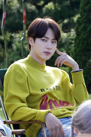 BTS 'LIFE GOES ON' OFFICIAL MV Foto SKETCH | JIN