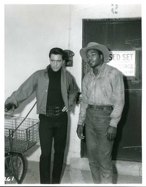 Jim Brown And Elvis Presley In The Set Of Roustabout