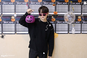 HALLOWEEN WITH BTS | SUGA