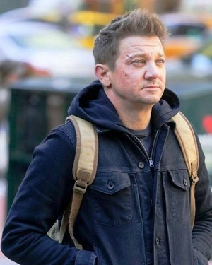 Jeremy Renner as Clint Barton in New York filming Hawkeye || December 6, 2020