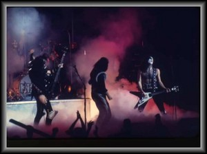 KISS ~Houston, Texas...November 9, 1975 (Alive Tour)