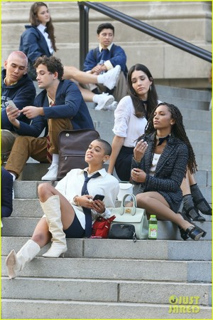 The Cast of 'Gossip Girl' Film All Together At Metropolitan Museum of Art (Photos) Reboot HBO