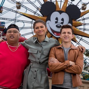 *Tom / Jacob / Zendaya @ Disney Land*