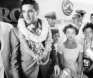 Elvis With Fans  🌹rare