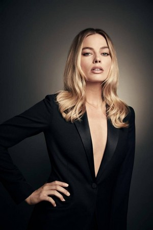 Margot Robbie [2020 Photoshoot]