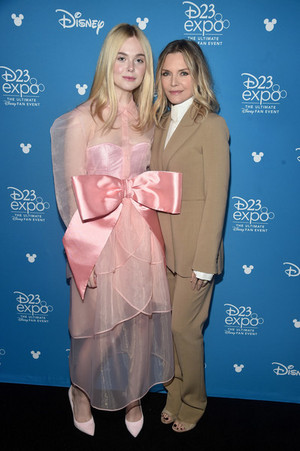 Elle Fanning And Michelle Pfeiffer Disney 23 Expo