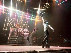 Paul ~Norfolk, Virginia...January 25, 1983 (Creatures of the Night Tour)