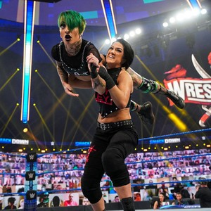 SmackDown 2/5/2021 ~ Ruby Riott vs Bayley